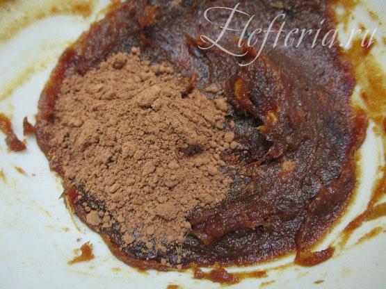 какао для конфет из фиников и кокосовой стружки